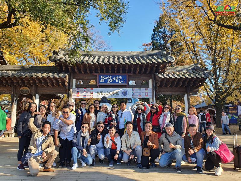 Đoàn Tour Hàn Quốc 01 - 04/11/2019