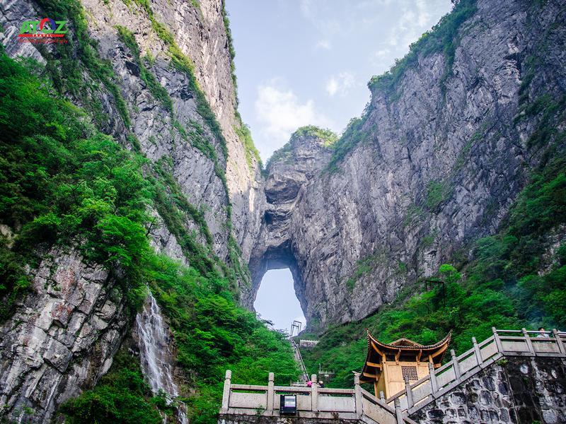 Tour Trung Quốc: Phượng Hoàng Cổ Trấn - Trương Gia Giới